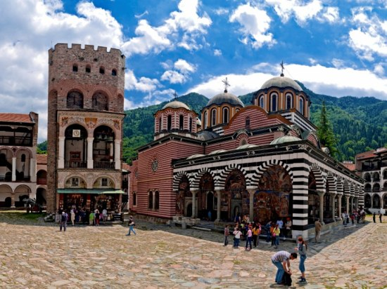 MELNIK AND RILA MONASTERY WINE TASTING TOUR